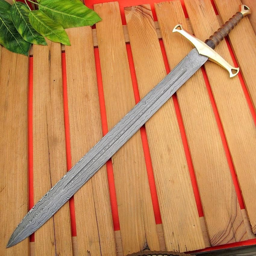 Medieval Weapons and European Reenactment weapons