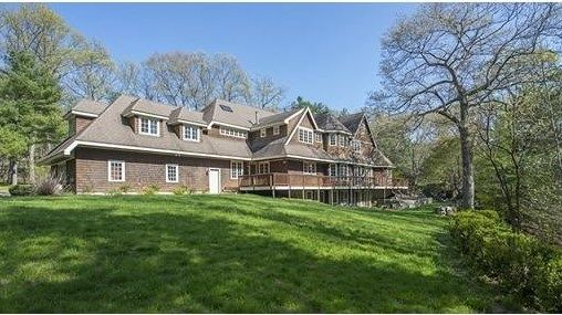 OPEN HOUSE: Sunday, May 15, 2016 1:00 PM - 3:00 PM. For Sale - 90 Kings Grant Road, Weston, MA - $2,299,000. View details, map and photos of this single family property with 5 bedrooms and 7 total baths. MLS# 72003797.