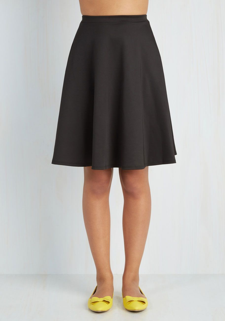 En Pointe Accompanist Skirt in Black. Though you never pirouette across center stage yourself, you still flaunt grace and glamour as you tickle the ivories for each nights show in this black skirt! #black #modcloth