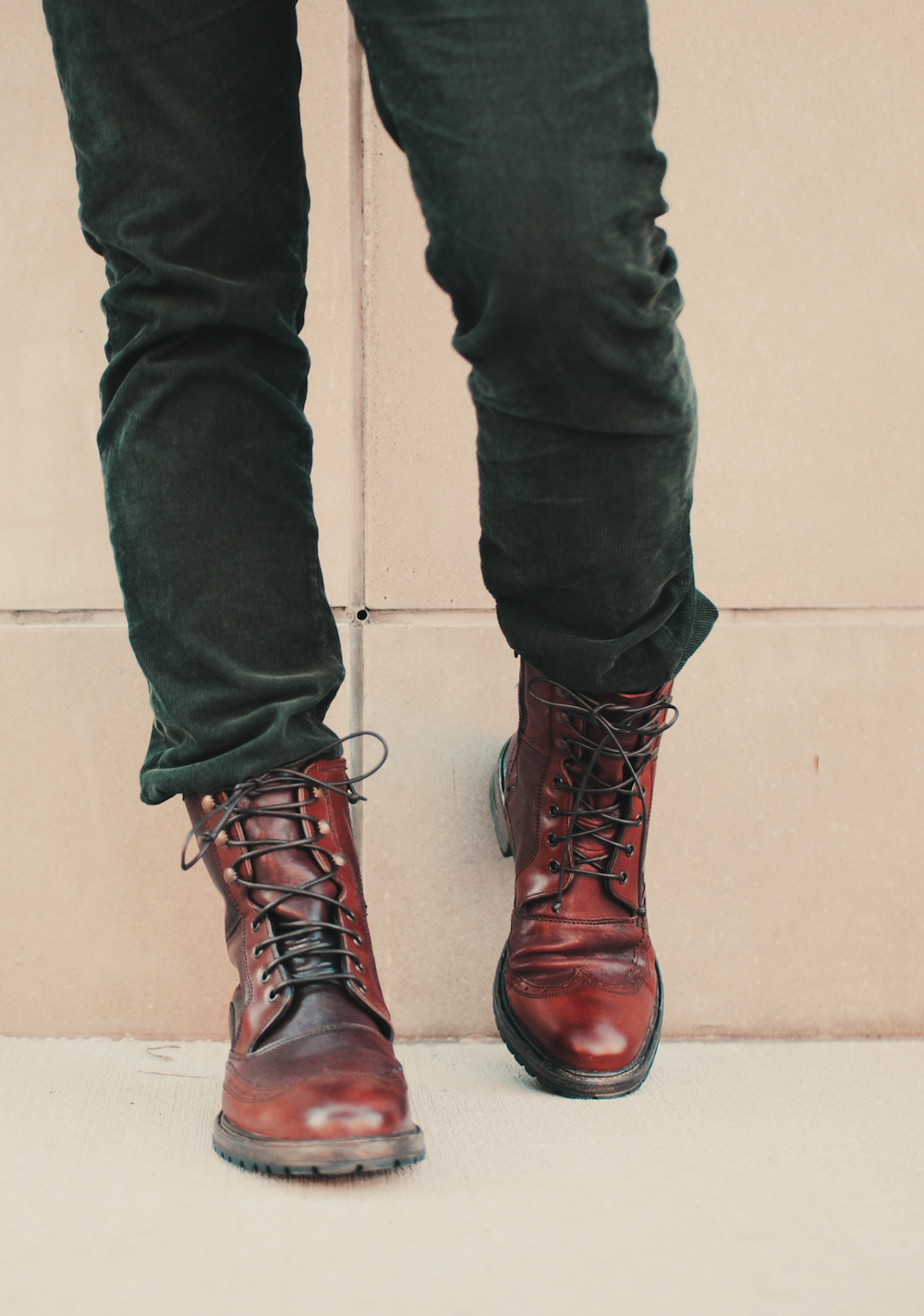 UGG Australia's vintage style lace up boot for men – the San ...