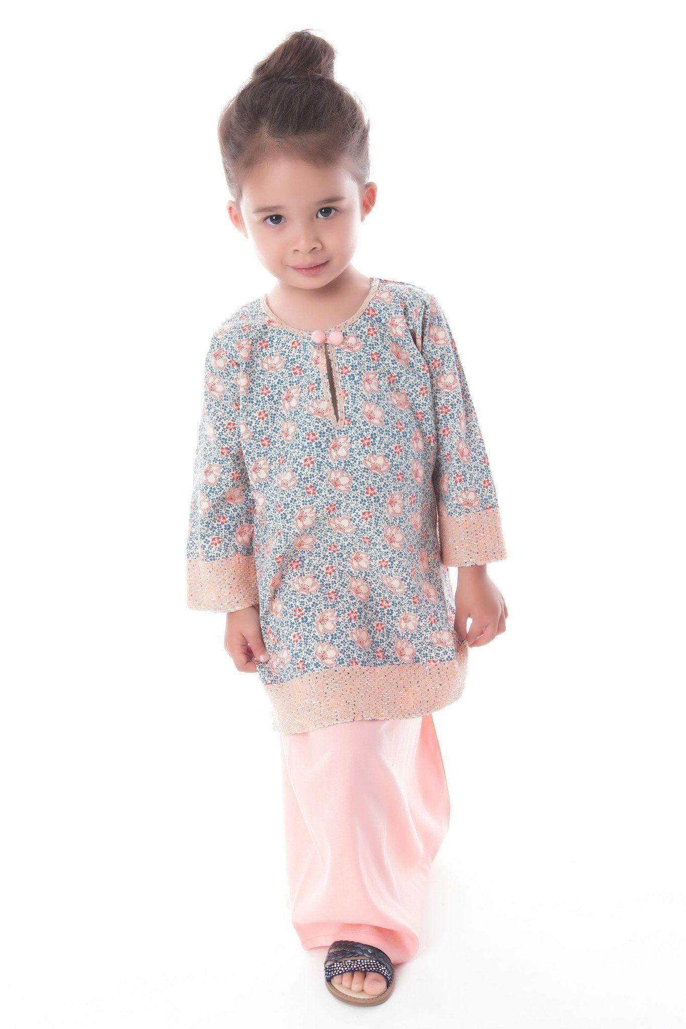 Baju Kurung Pahang Jenita Kids Moslem Fashion Pinterest Tendencies Tshirt Beach Kid Hitam Xl Little Girl Dresses Girls