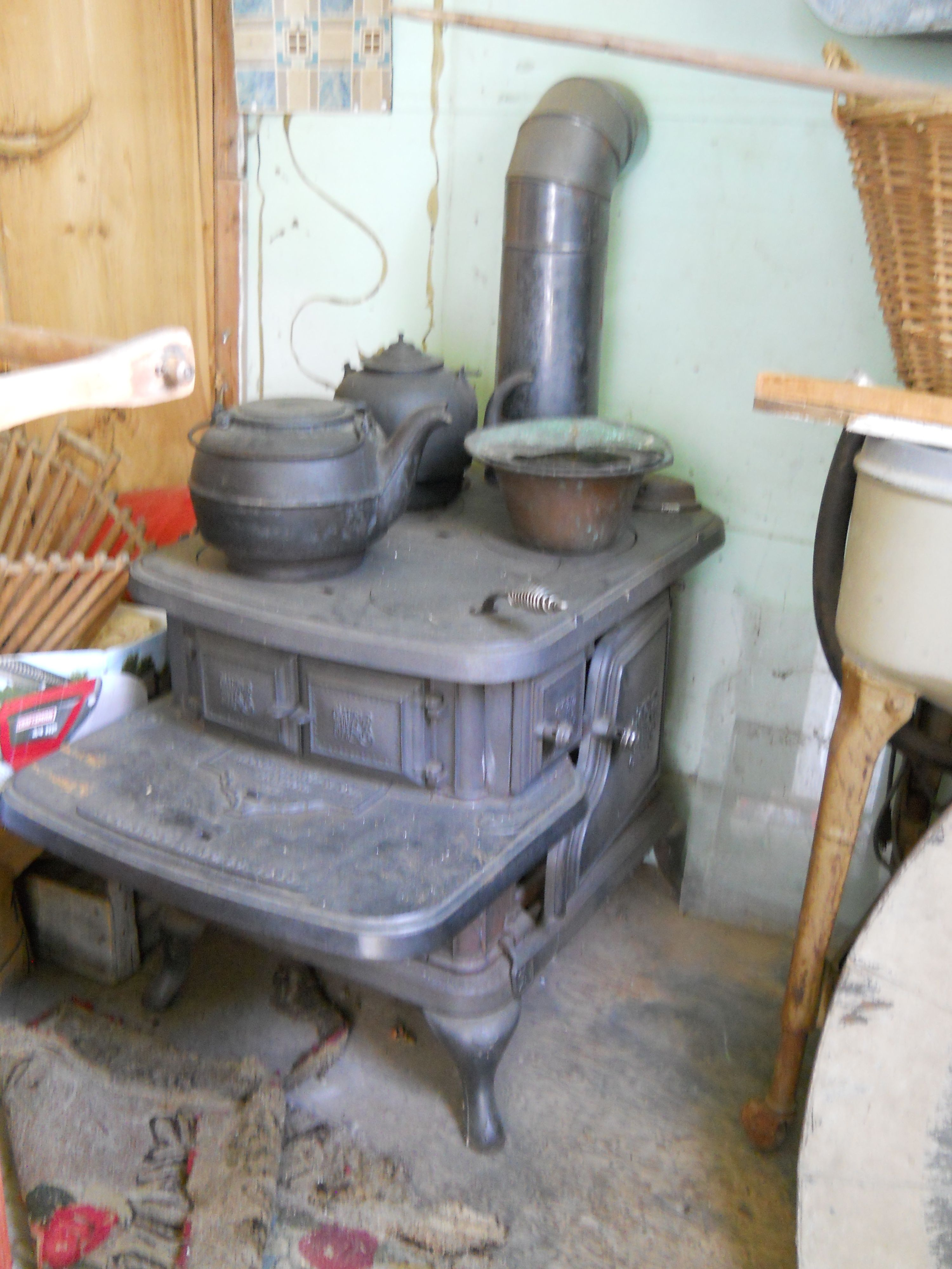 Antique Monarch Malleable Wood cook stove | Stove, Woods and ...