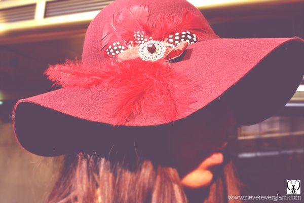 Un sombrero para dar un toque a tu look casual