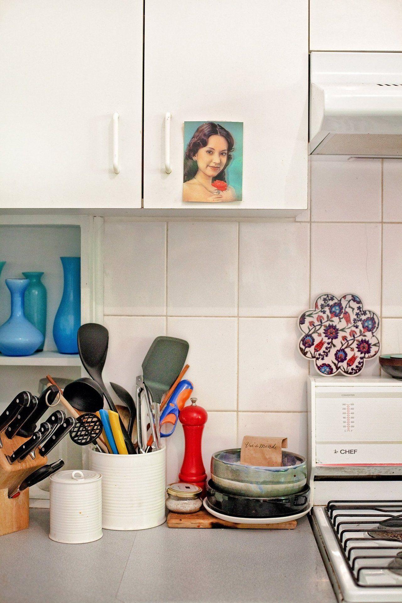 Camilla S Colorful Bayside Rental In Melbourne Small Kitchen Kitchen Design Small Kitchen Helper