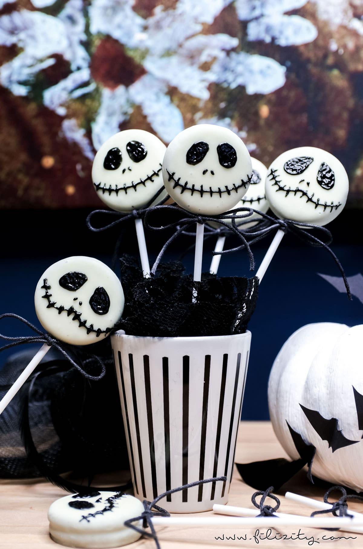 Schnelles HalloweenRezept Jack Skellington Keks Lollies