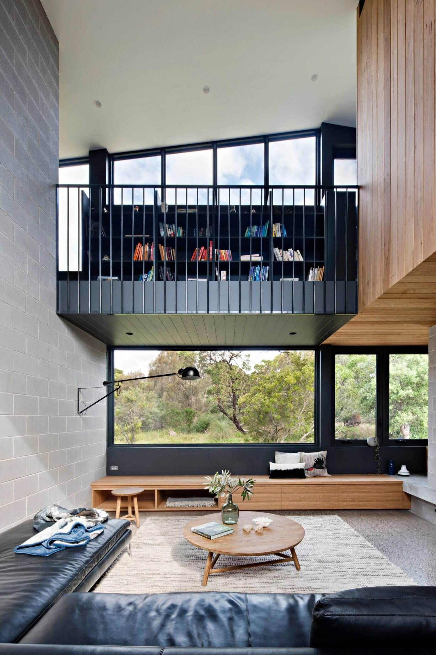 Modern single family house located in Swan Island Victoria