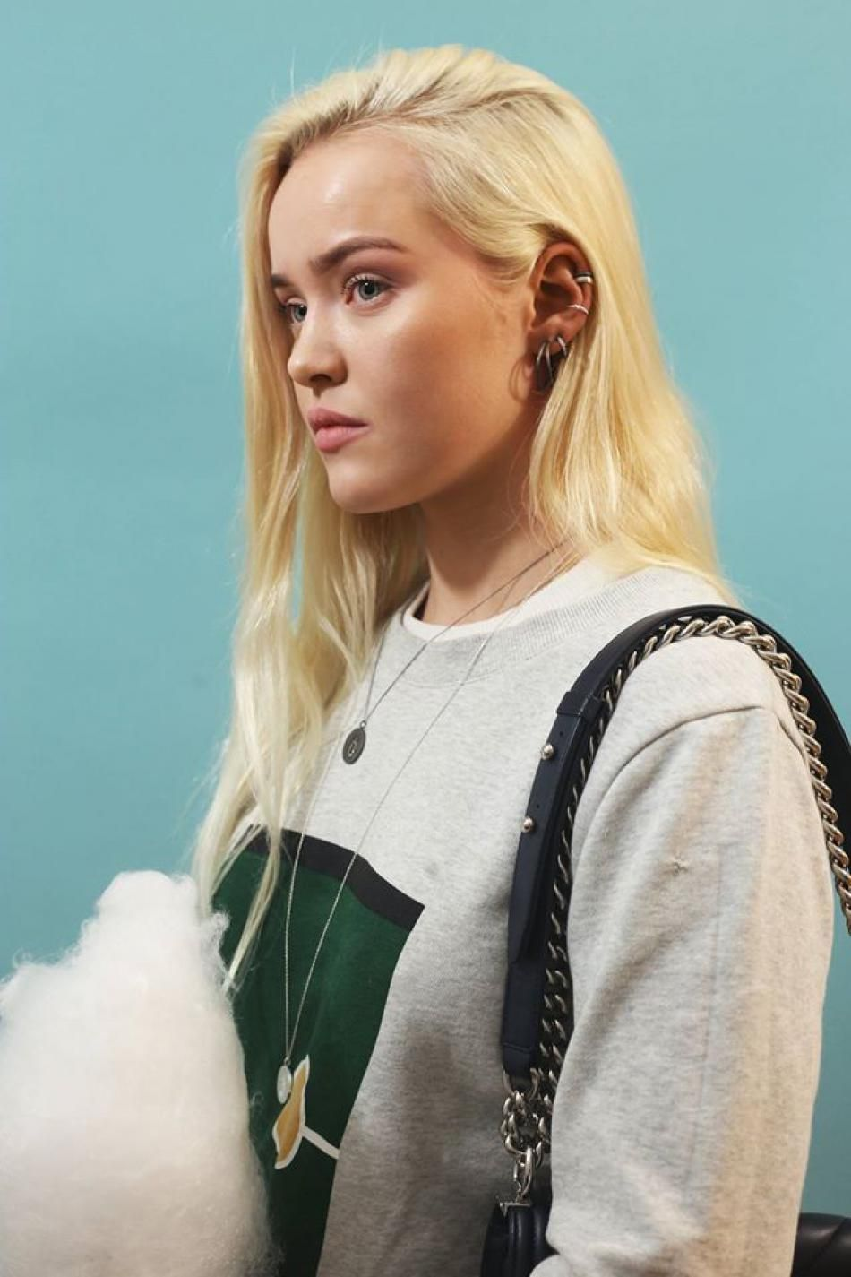 Styling by asdismargret showing Osiris Shiny Pendant Grey Rhodium, Osiris Shiny Pendant Silver and Loop Earring Fine Grey Rhodium #jewellery #Jewelry #bangles #amulet #dogtag #medallion #choker #charms #Pendant #Earring #EarringBackPeace #EarJacket #EarSticks #Necklace #Earcuff #Bracelet #Minimal #minimalistic #ContemporaryJewellery #zirkonia #Gemstone #JewelleryStone #JewelleryDesign #CreativeJewellery #OxidizedJewellery #gold #silver #rosegold #hoops #armcuff #jewls #jewelleryInspiration…