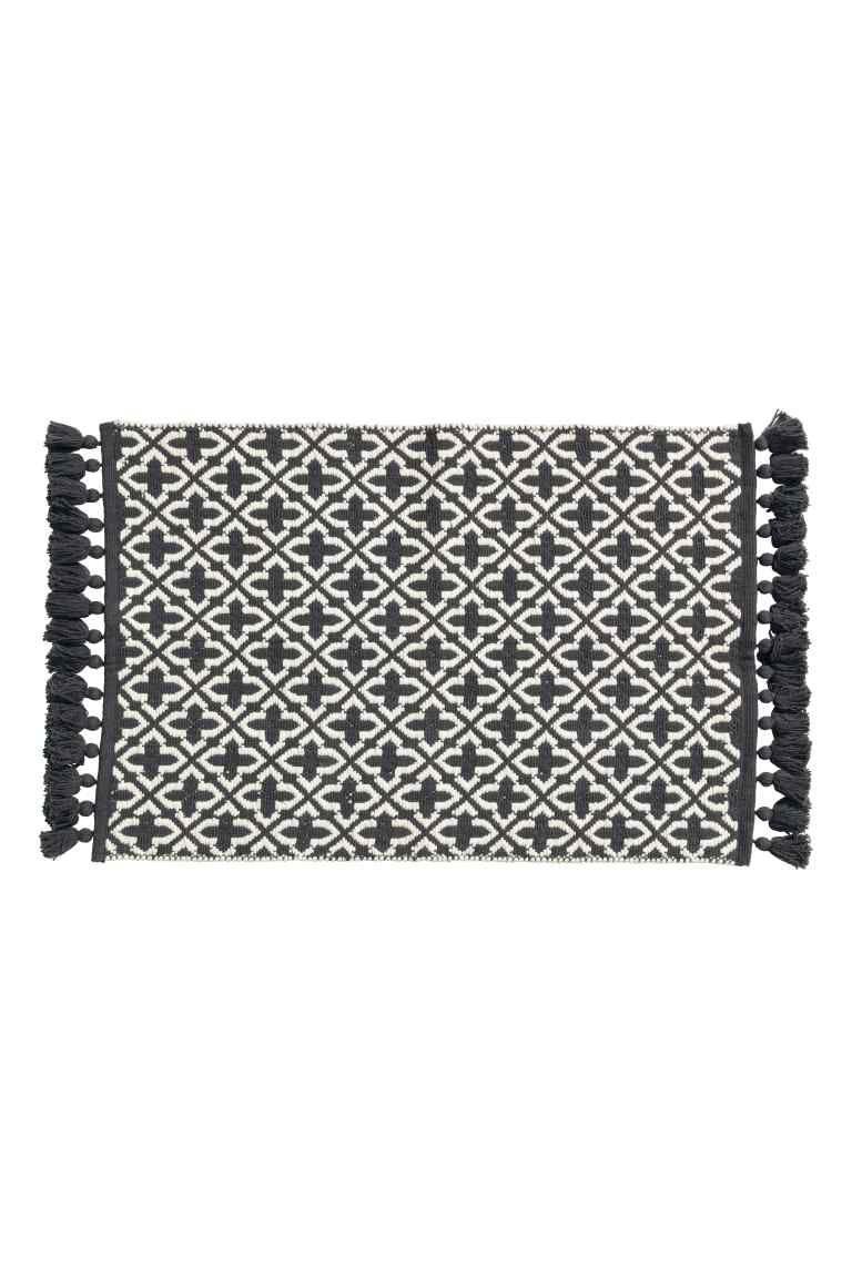 Jacquard Weave Bath Mat Anthracite Grey Patterned Home All H M Gb Black Bath Rug Rug Shopping Fluffy Rug [ 1152 x 768 Pixel ]