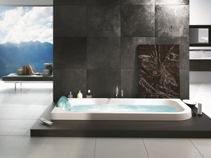 AQUASOUL LOUNGE Bañera encastrable by Jacuzzi Europe diseño Carlo