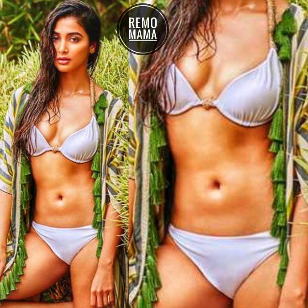 Poojahegde  Bikini  Remomama  Bollywood Bikini -6625