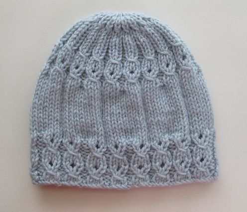 Handknitsbyelena--Yelena Chen--Blue Hat with Mock Cables for a Lady #strickanleitungbaby