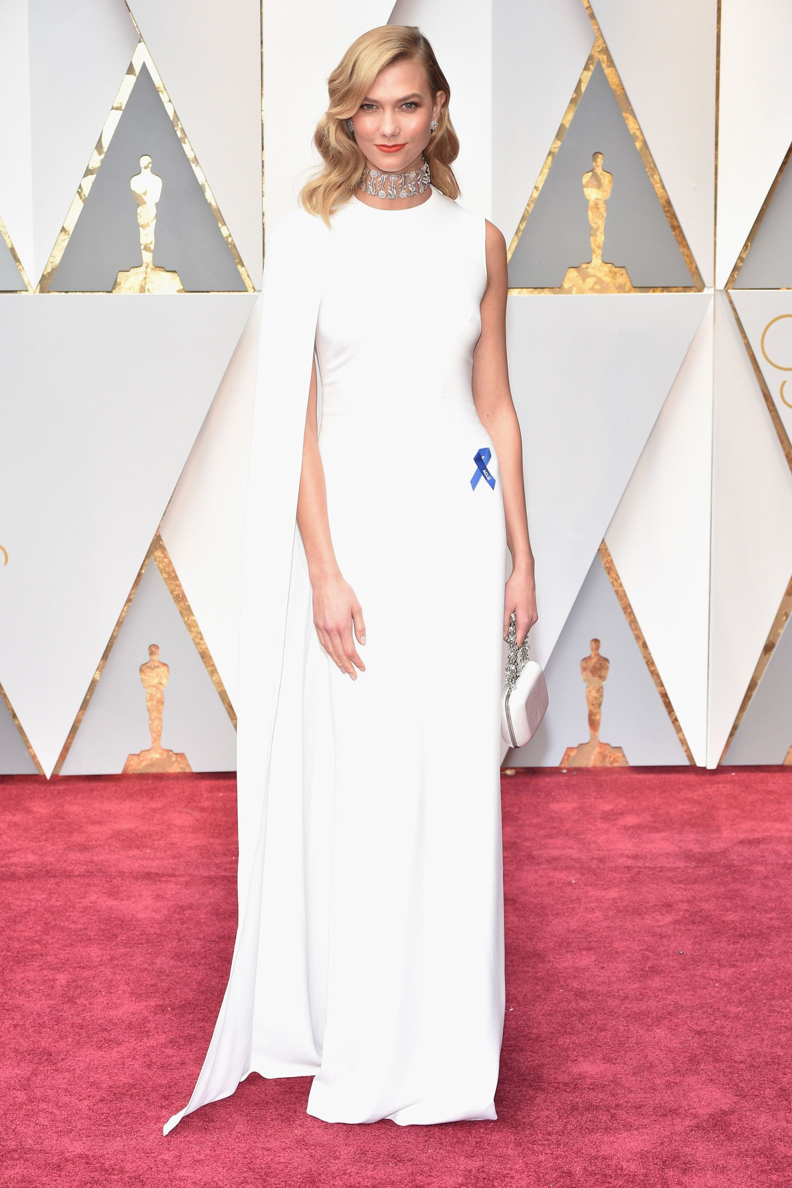 Karlie Kloss on the Oscars Red Carpet, WOW!