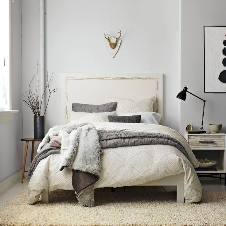Gray wall and beige carpet blue grey walls and pillows for Neutral bedroom designs