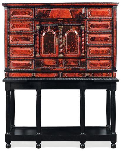 Cabinet En Ecaille Rouge Et Ebene Travail Flamand Du Xviie Siecle Alain R Truong Xviie Siecle Cabinet Mobilier De Salon