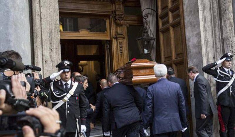 Oggi e Domani, al Senato, camera ardente per l'addio a Ciampi