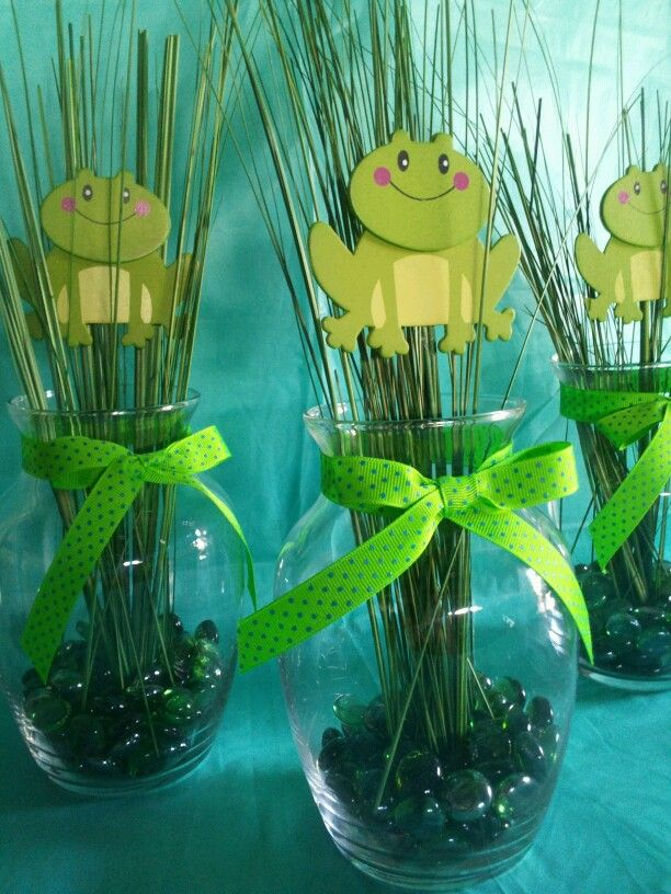 Frog Centerpiece Simple Creations In 2019 Frog Baby Showers
