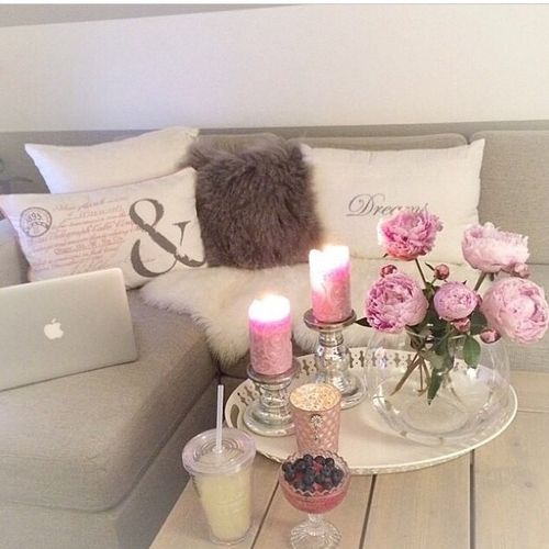 White & pink | Proyectos que intentar | Pinterest | Decora tu cuarto ...