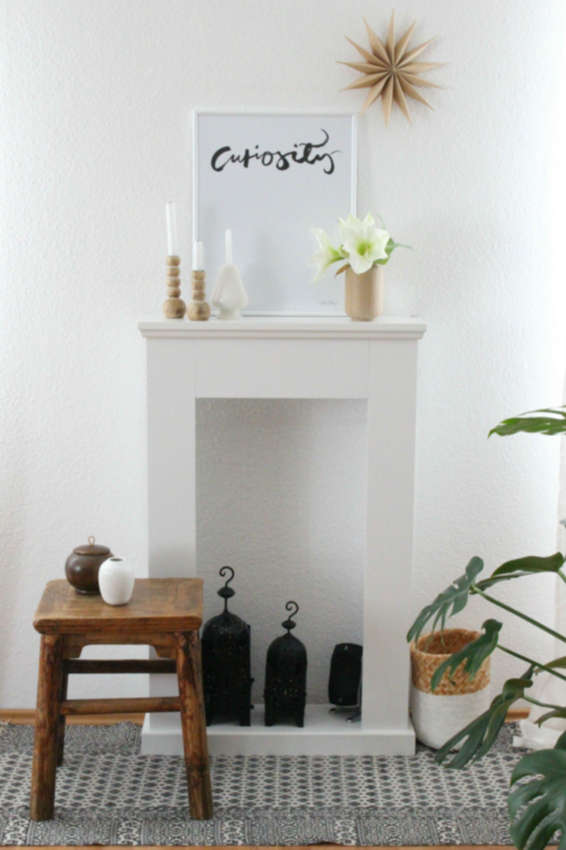 Adventsdekoration Auf Dem Kaminsims, Kamin, Wohnzimmer, Nordic Style, Weiß,  Holz