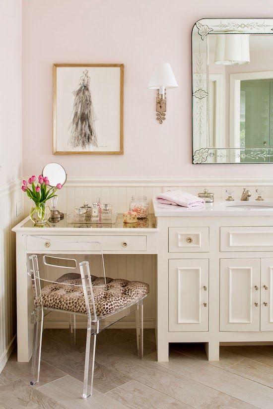 Style Stalking Kathryn Ivey Interiors The Zhush Bathroom With Makeup Vanity Bathroom Vanity Chair Bathroom Decor