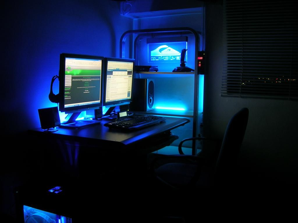 Comfortable Computer Room Ideas At Home Blue Lighting