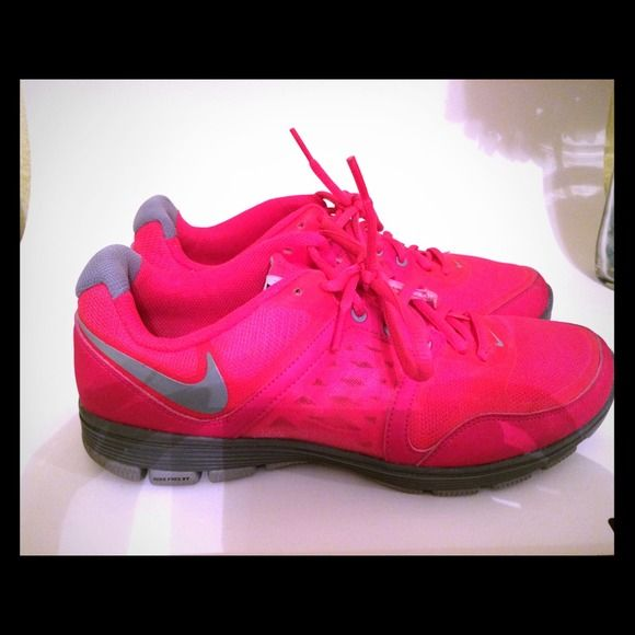 release date: 73639 96244 Nike Free XT Motion Fit Fuschia nike free s with Nike Plus technology, in  great condition. Worn once! No box! Price Negotiable Nike Shoes