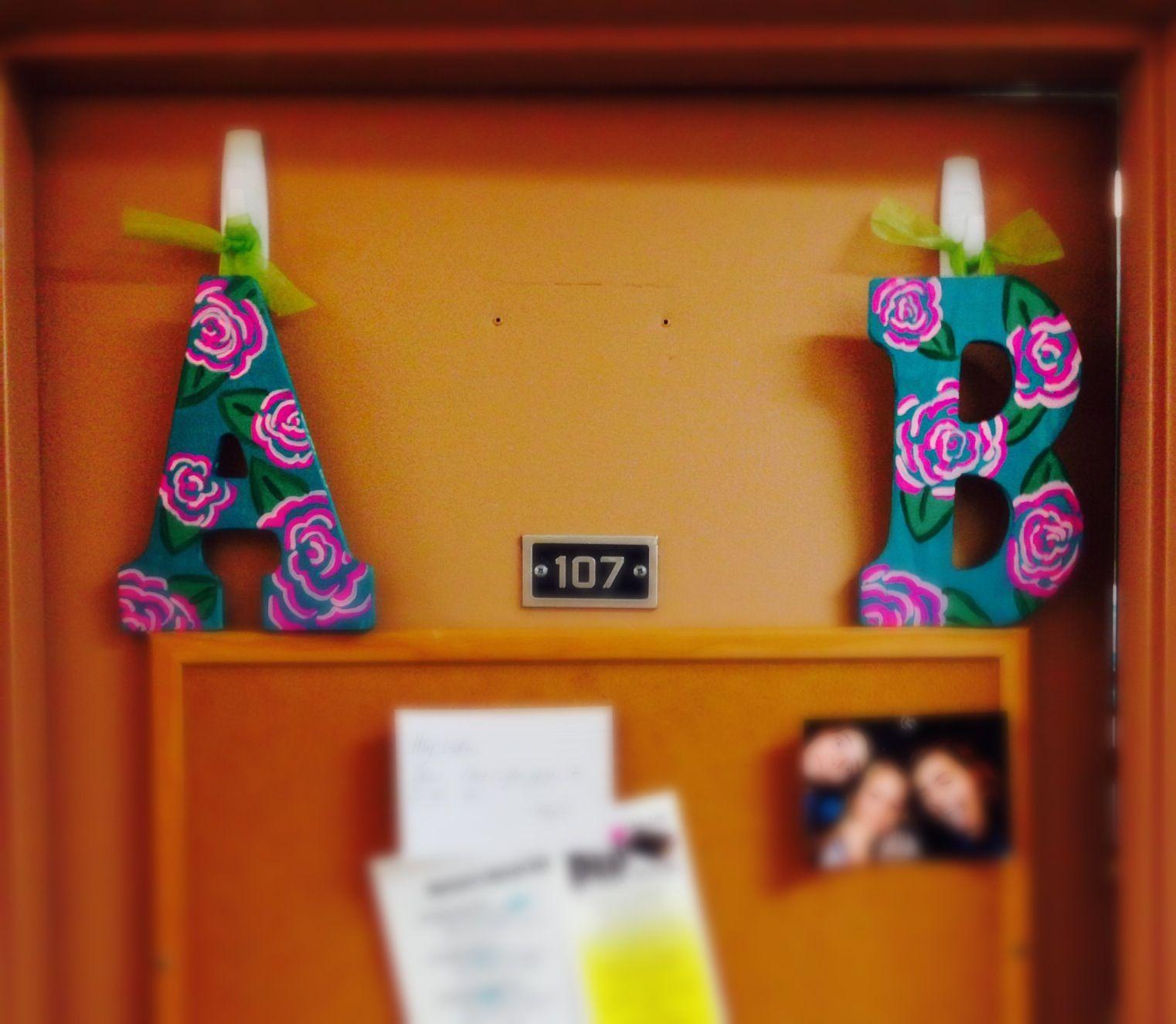 Principales 25 ideas incre bles sobre puerta de residencia for Decoracion de habitaciones para estudiantes universitarios