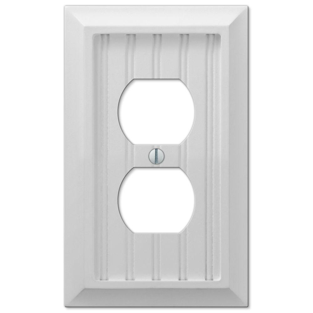 Hampton Bay Cottage 1 Gang Duplex Composite Wall Plate White 279dwhb The Home Depot Wall Switch Plates Plates On Wall White Wood Wall