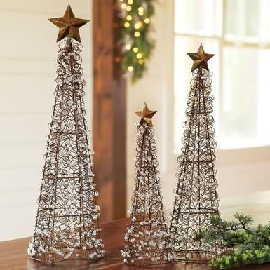 metal christmas tree topiary forms | Could I make the wire ...