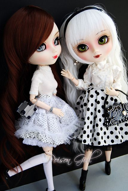 Victoria & Scarlett - Pullips Blanche & Alte | Flickr - Photo Sharing!