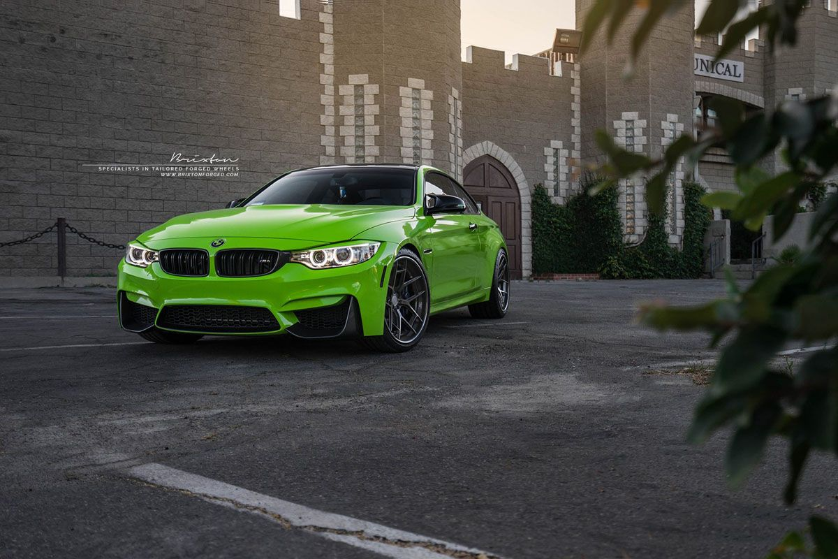 Featured Fitment BMW M4 with Brixton WR5 Wheels