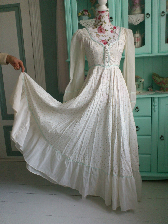 Gunne sax wedding dress  Vintage s Gunne Sax dress  Gunne sax s and Vintage