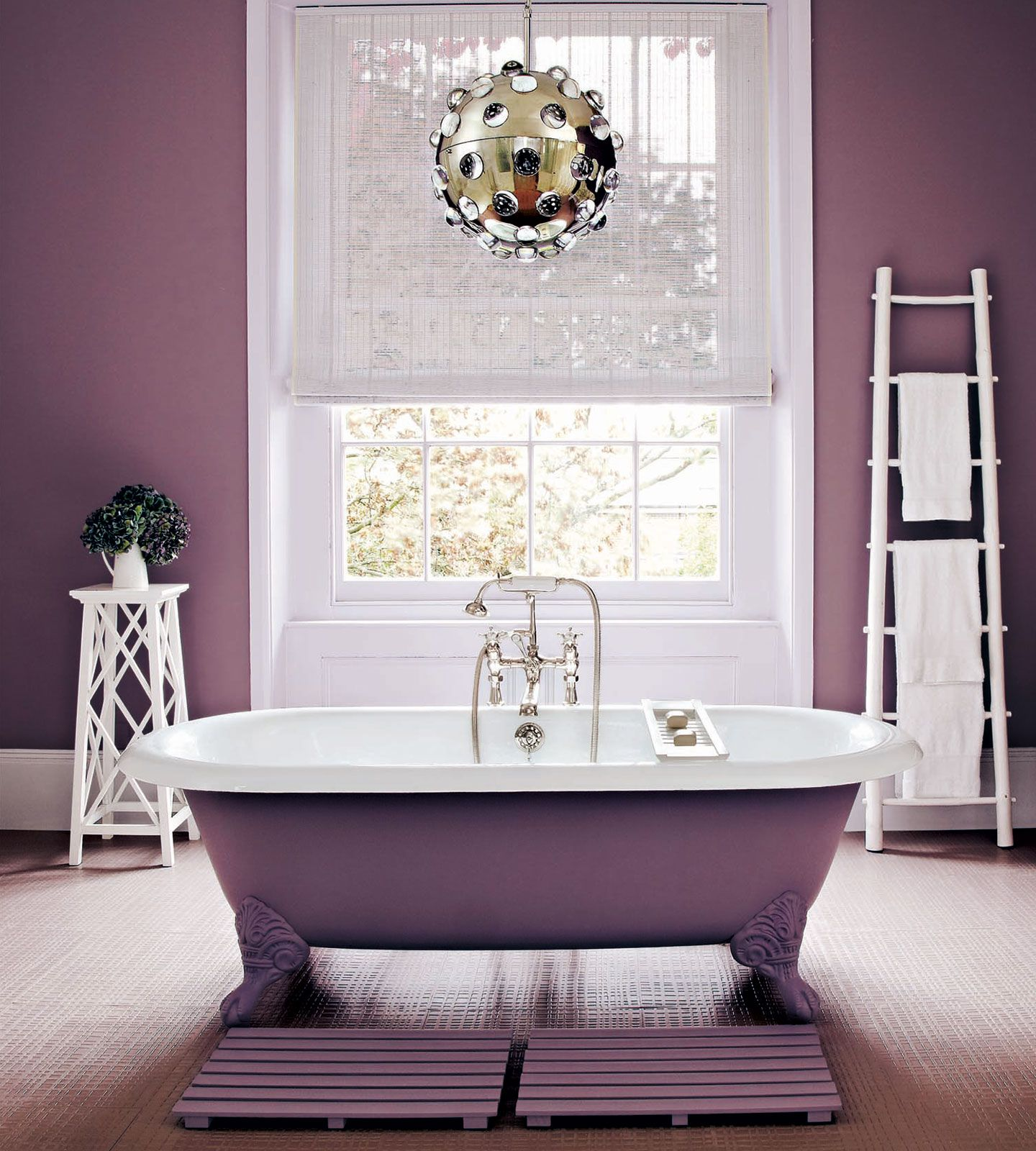 Colour Of The Year 2018 | Ultra Violet | Pantone | Freestanding Bath | Cast Iron Bath | Beautiful Bathroom | Luxury Home