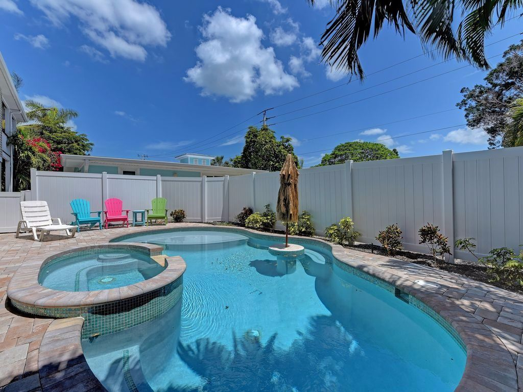 Sea Breeze Paradise Pool Anna Maria Island Vacation Rental