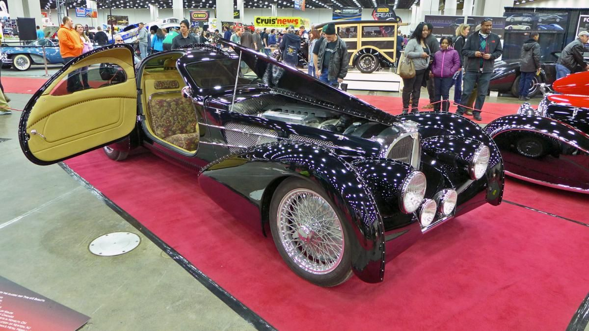 The Delahaye USA-built Pacific coupe -- inspired by the Bugatti ...
