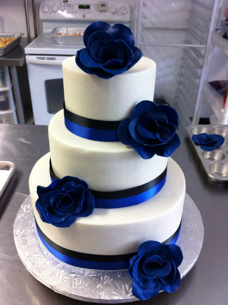 Royal Blue Black and White Wedding Cakes