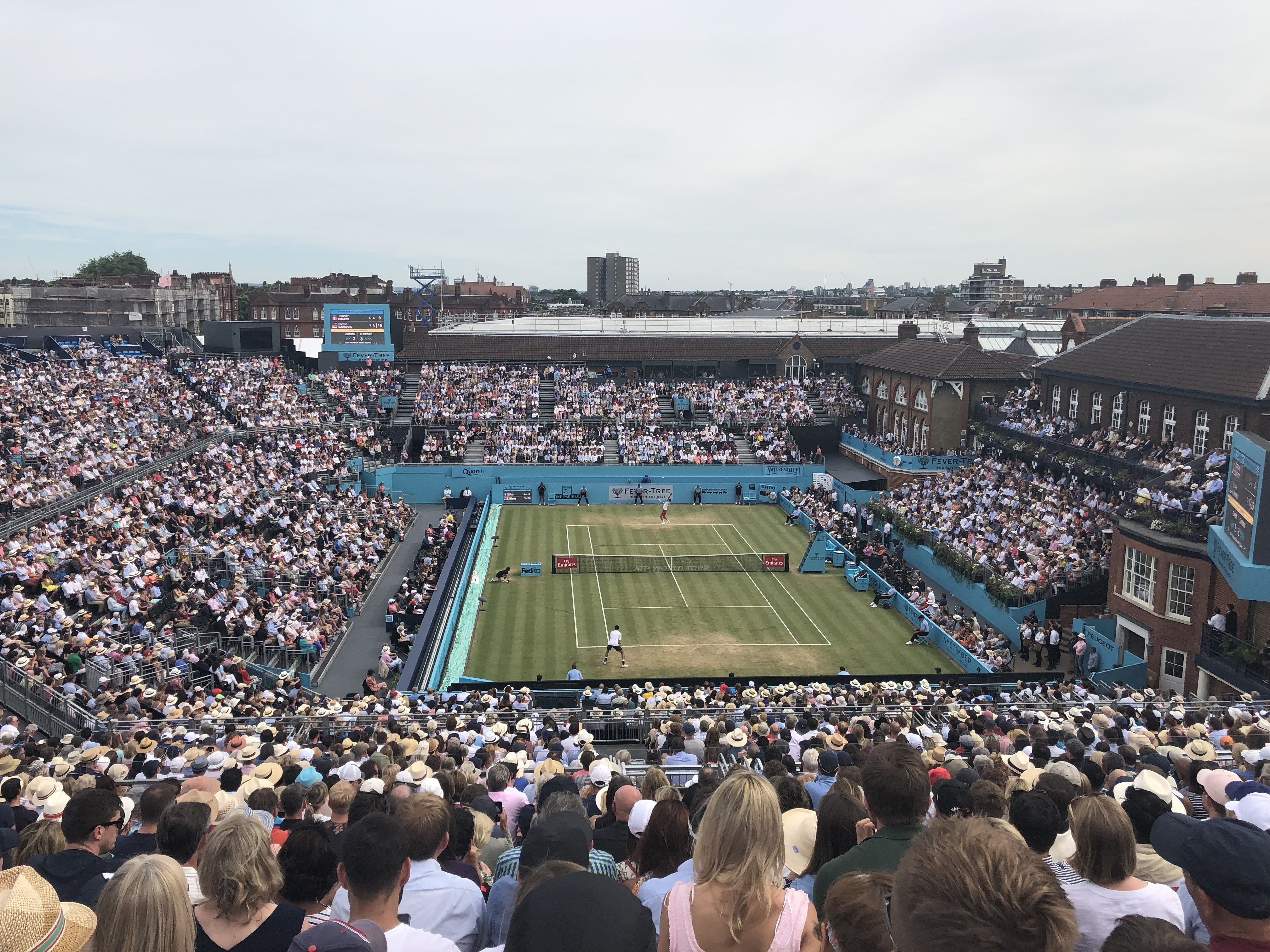 With Wimbledon Season About To Start We Head Out To The Traditional Warm Up Event Queens Club Queenstennis Tennis Club Wimbledon Queen