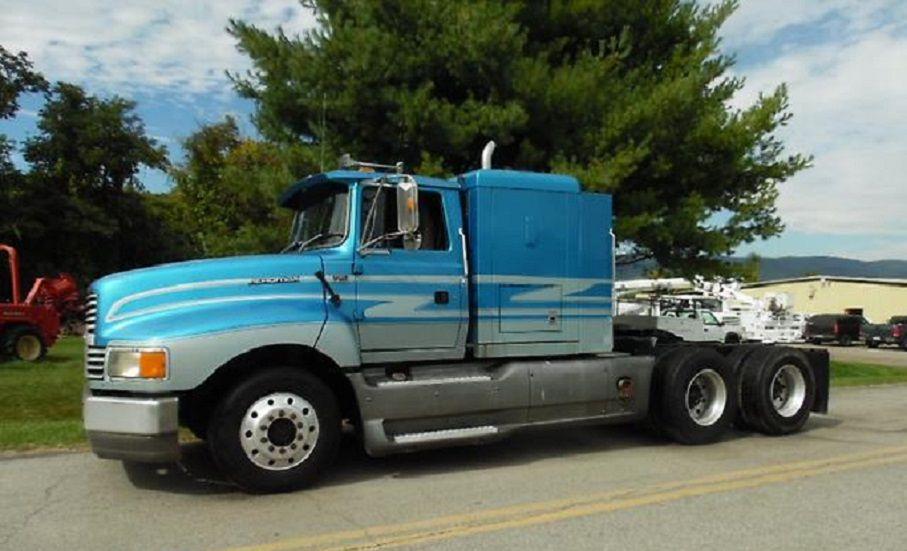 1994 ford aeromax ltl9000, blue & silver semi tractor