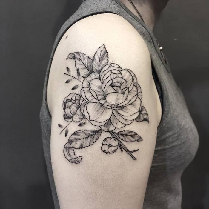 24 Beautiful And Elegant Camellia Tattoo Designs Tattoobloq Flower Thigh Tattoos Flower Tattoos Watercolor Tattoo Flower