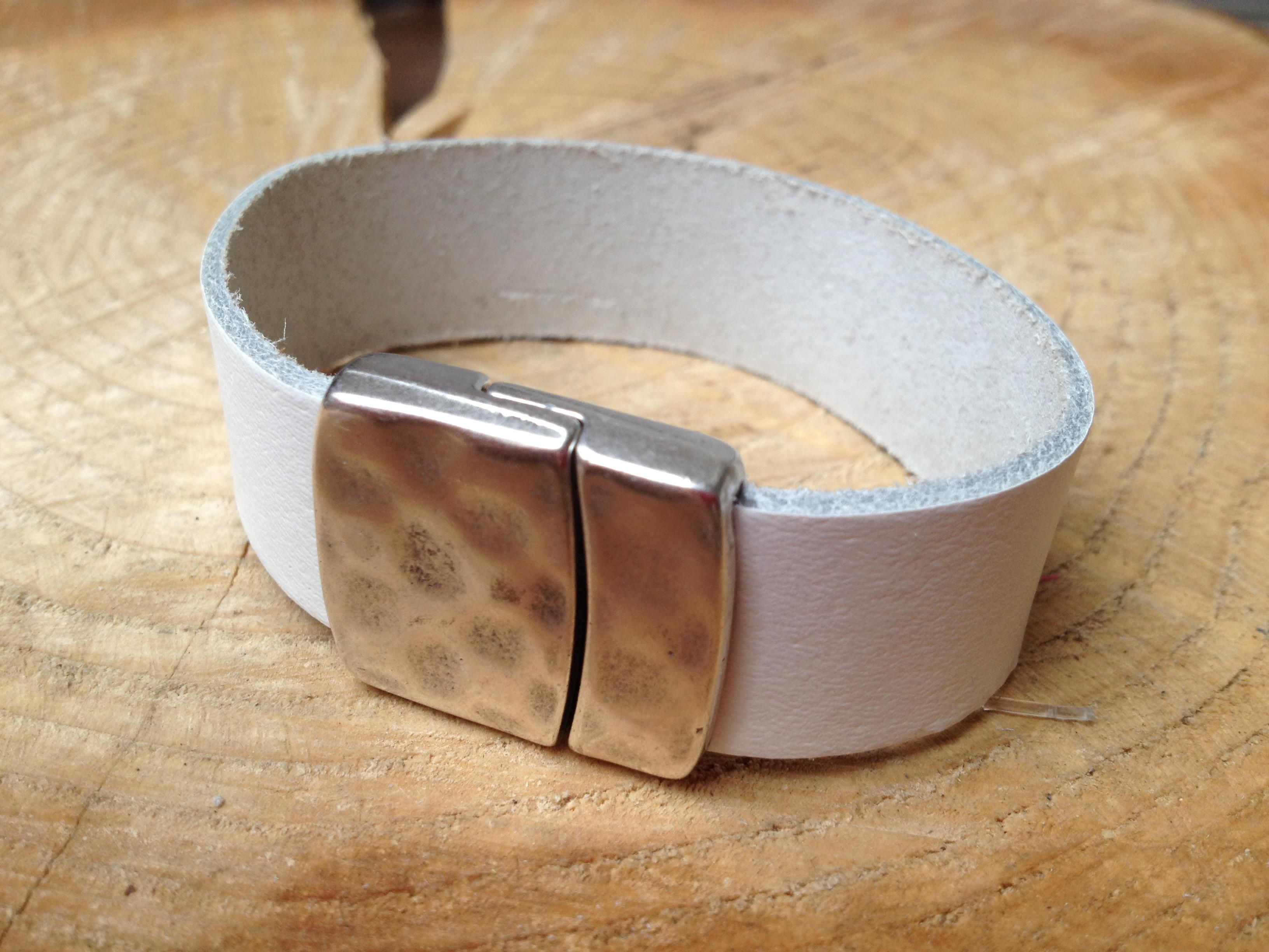 moojst bracelet