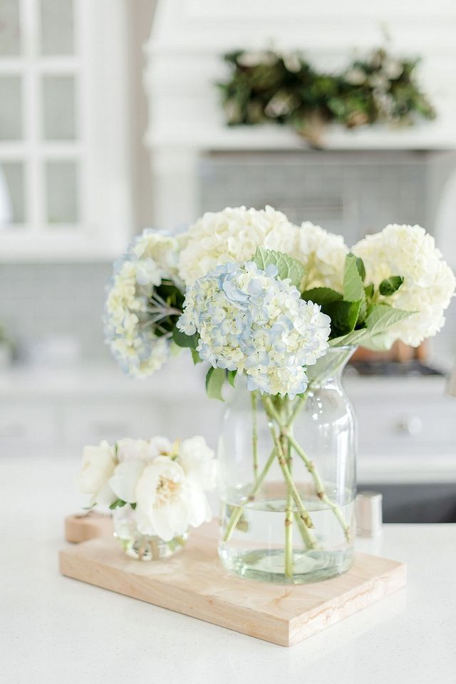 Beautiful kitchen decor hydrangeas flowers idea
