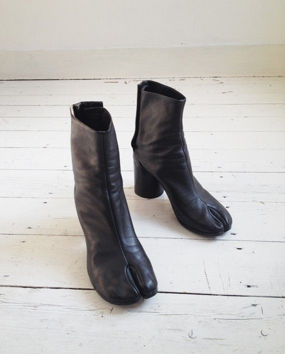Maison Martin Margiela Black Tabi Boots 40