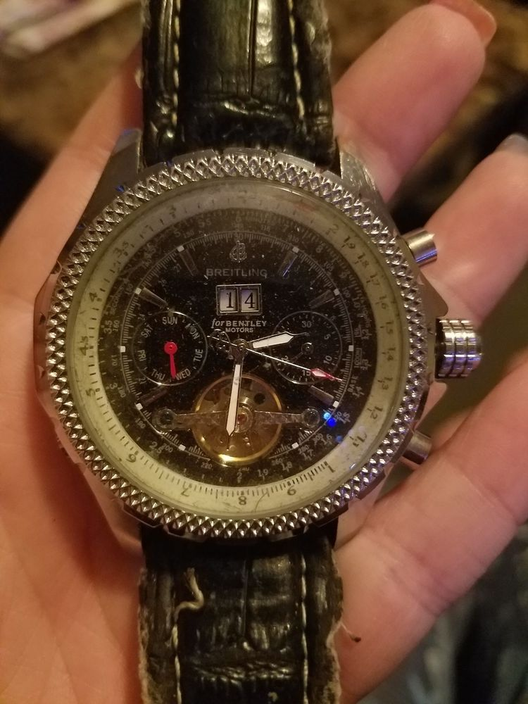 Replica breitling special edition a25868 collectible crystal.