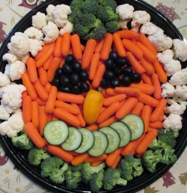Pumpkin veggie tray Halloween party foods Pinterest Veggie - halloween treat ideas for toddlers