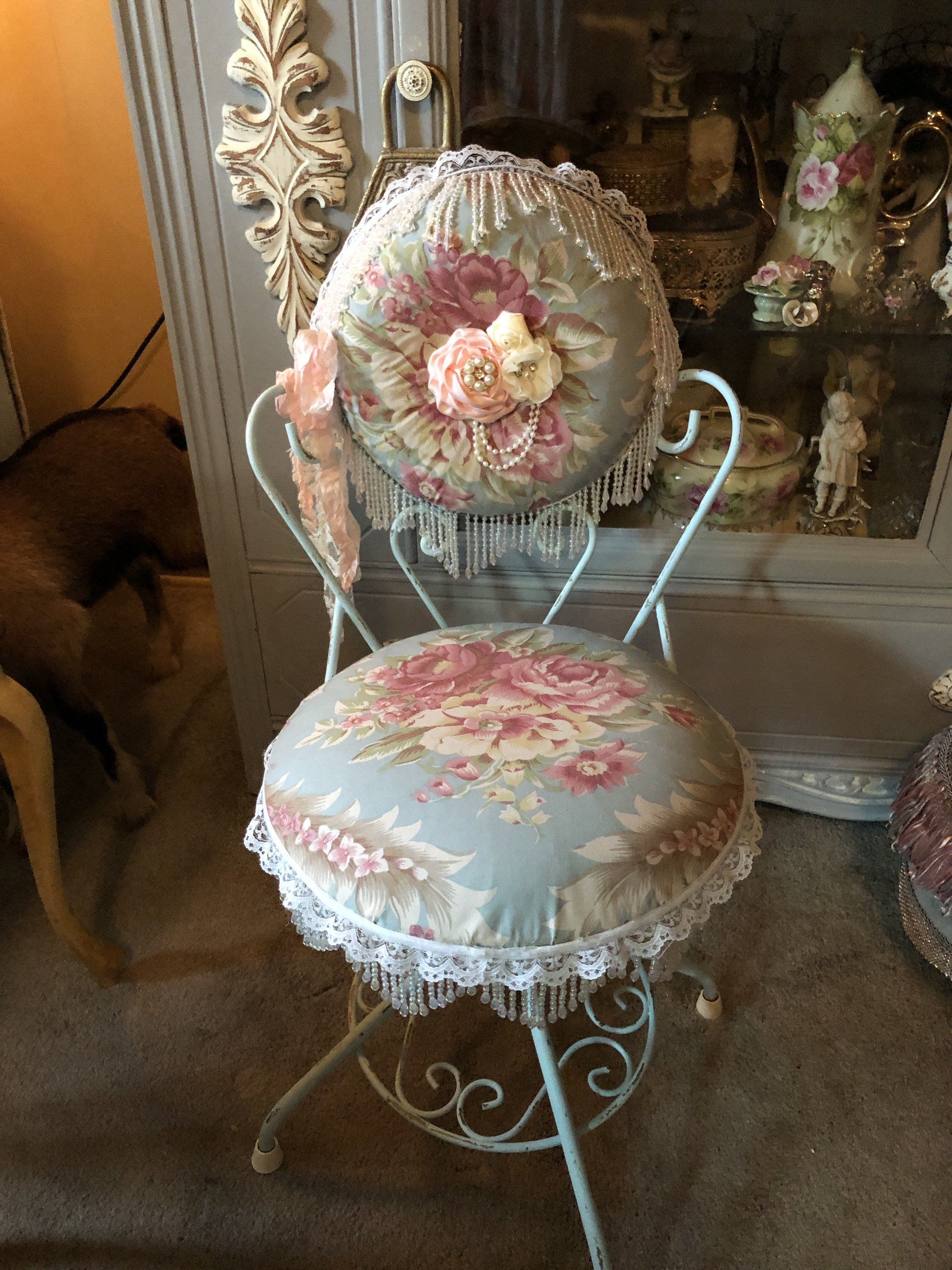 Charming Vanity Chair Metal Vanity Chair Shabby Chic French Etsy In 2020 Shabby Chic Chairs Metal Chairs Vanity Chair