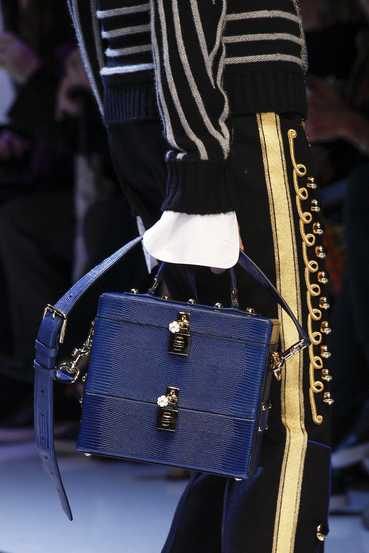Dolce & Gabbana Fall 2016 Ready-to-Wear Fashion Show Details