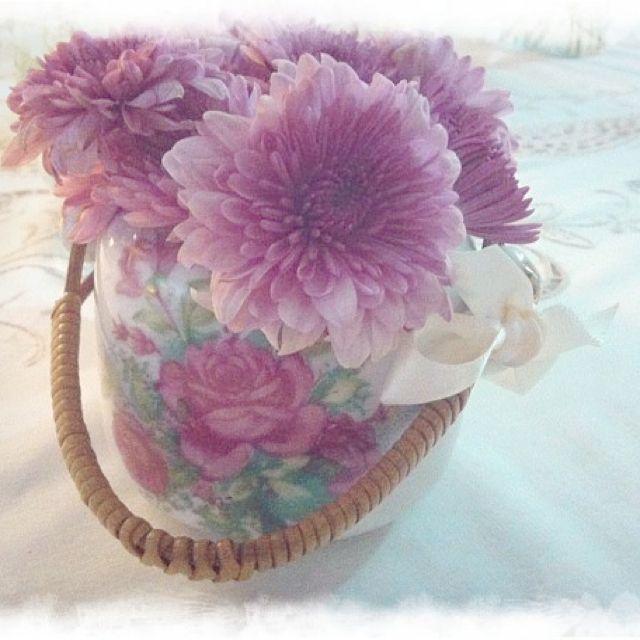 Flores, taza antigua
