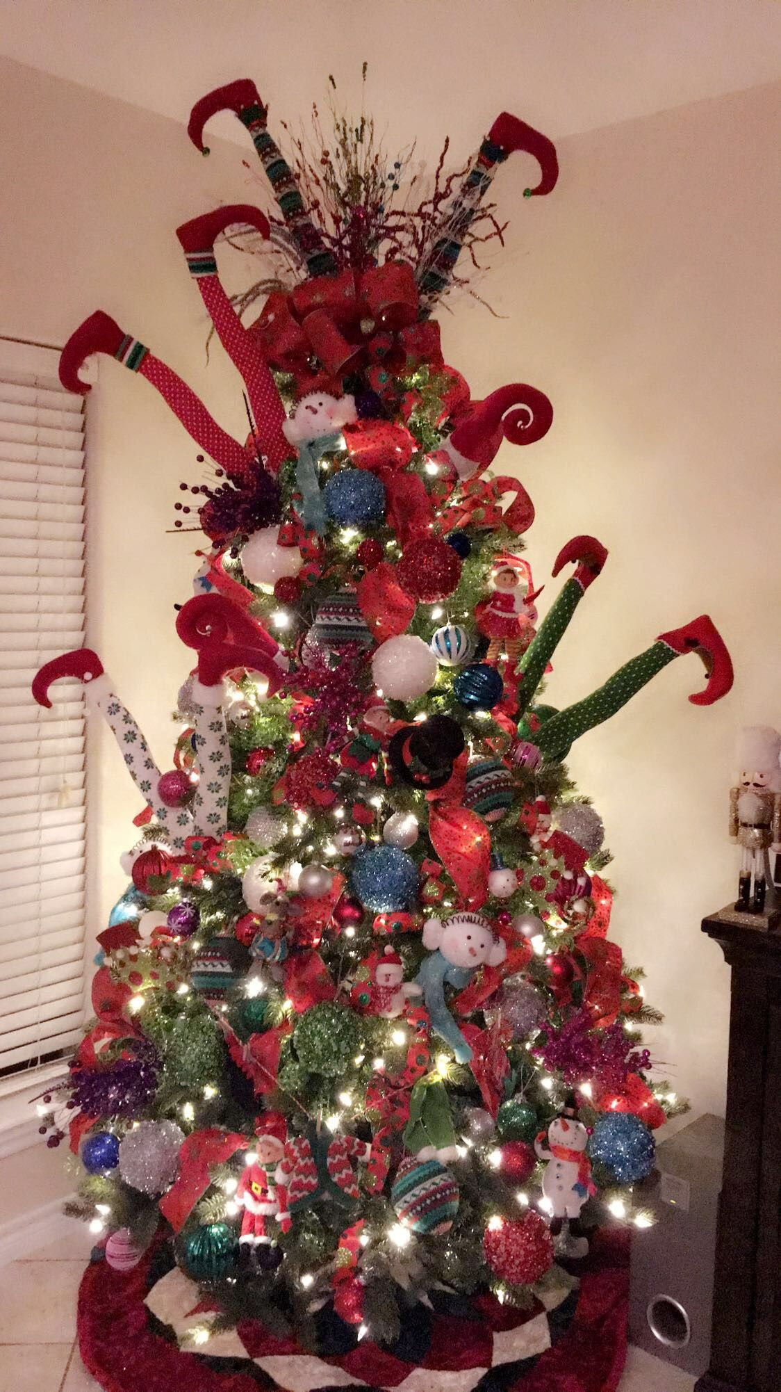 Naughty Elfs red,green,white and teal | Elf christmas tree ...