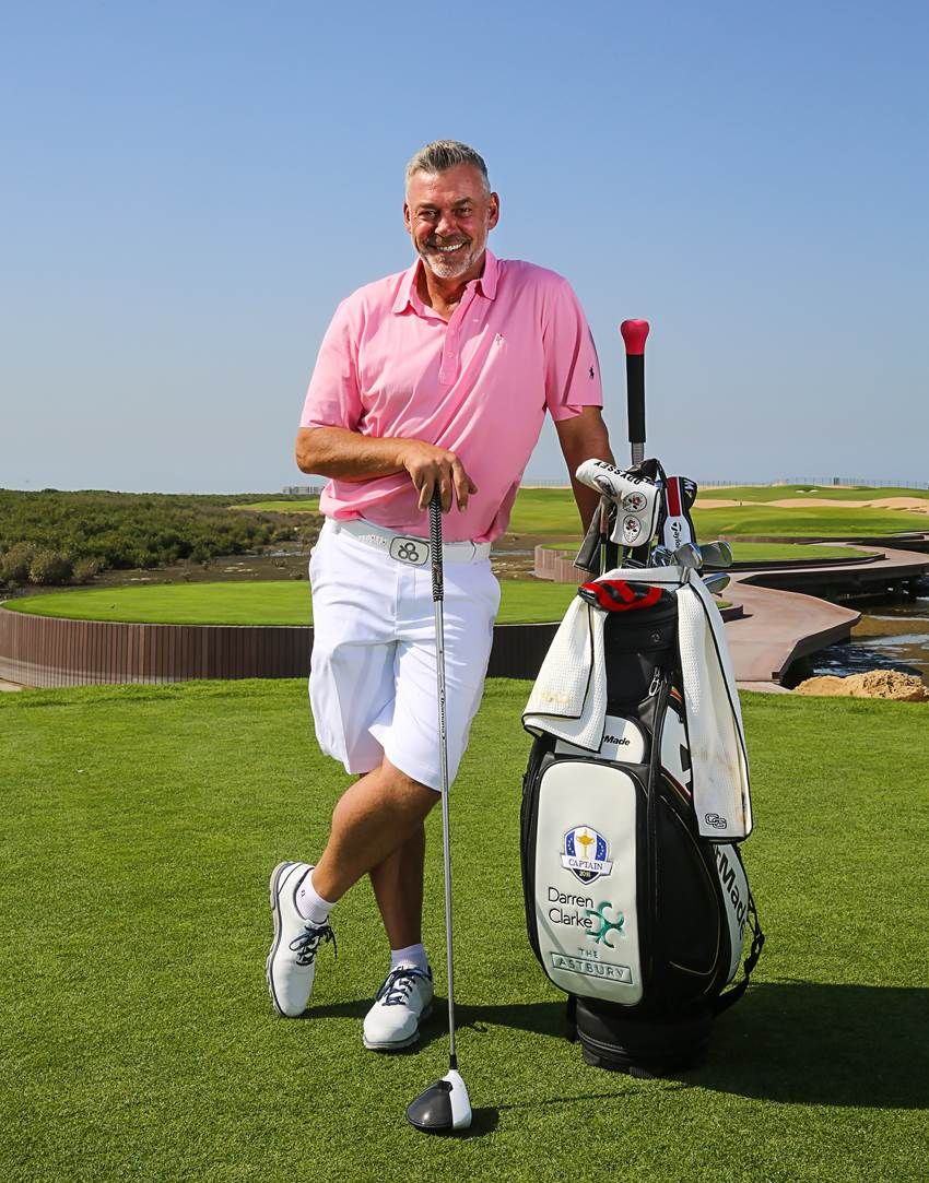 Darren Clarke Is On His Way To Vietnam For The Ho Tram Open But Stopped By The United Arab Emirates Earlier This Week For A Chance With Images Golf Clubs Golf