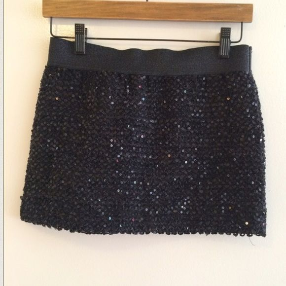 Black Sequin Mini Skirt Size small. Only worn once. Black Sequin mini skirt. Good condition. Forever 21 Skirts Mini
