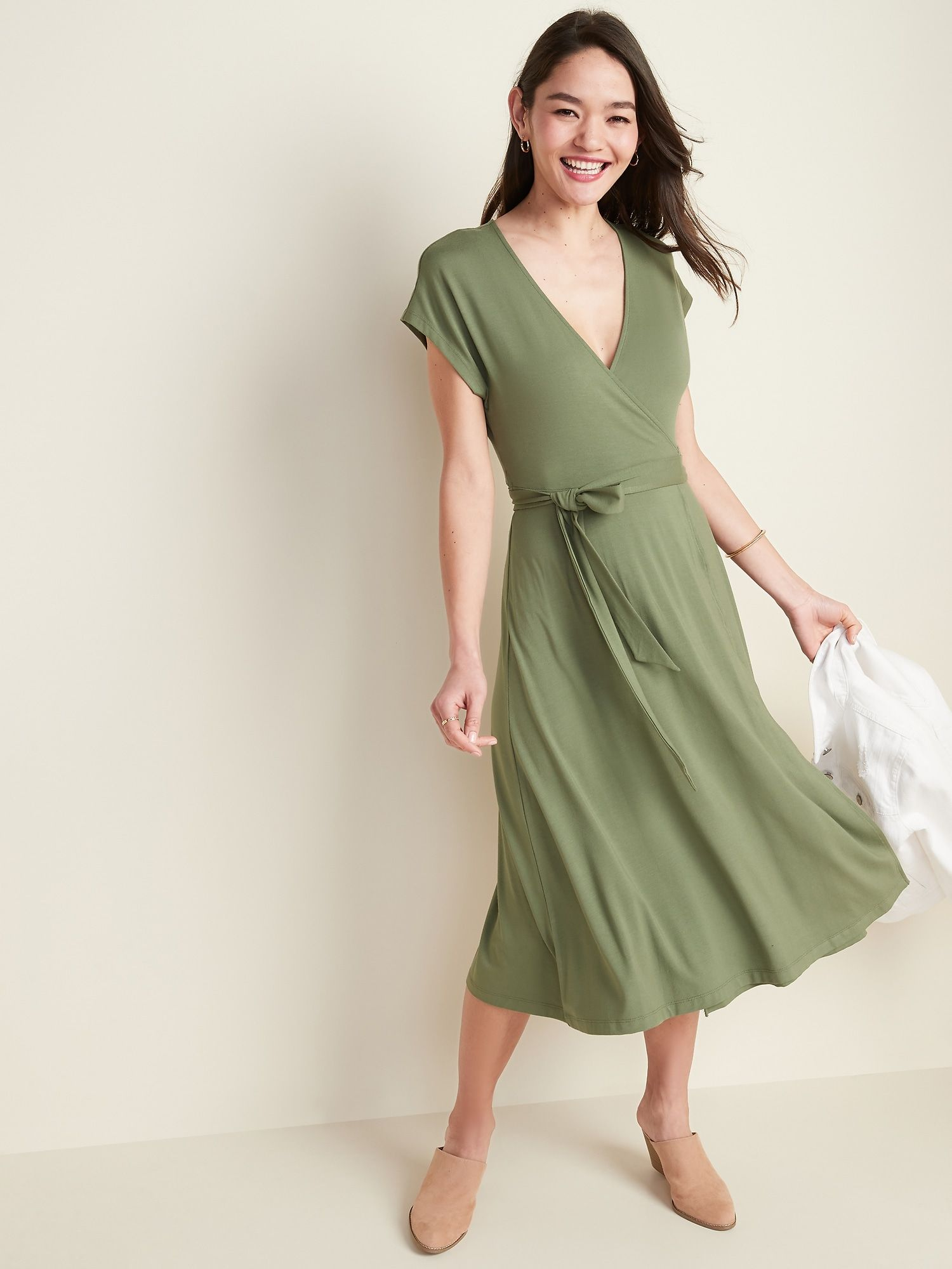 Wrap Front Dolman Sleeve Midi Dress For Women Old Navy Midi Dress With Sleeves Dresses Womens Dresses [ 2000 x 1500 Pixel ]